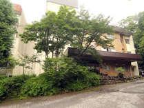 四季折々の自然が満喫できる庭園のホテルです。心癒されるひとときを・・・