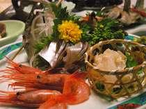 恵まれた立地ならではの新鮮な海の幸。何も手を加えなくても本当に美味しいです!