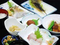 屋久島産の食材を使った料理をご堪能下さい