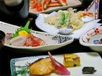 ビジネスのお客様にもご満足いただける様、海の幸を中心としたボリュームある夕食。