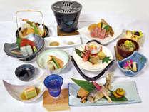 *夕食一例/スタンダードタイプの会席料理一例。お肉とお魚、野菜などをバランス良く。