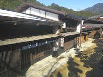*周辺観光「妻籠宿」/全部で11ある宿場町のひとつ。当館より約20分です。