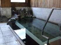 室内岩石風呂