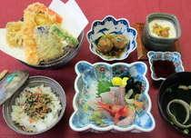 スパアルプス名物『アルプス御膳』は季節のお造り、天ぷらが付いて980円!