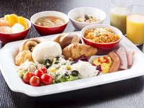 【朝食ビュッフェ】こだわり具たくさんスープや種類豊富なサラダバー。大事な一日の始まりに。(イメージ)