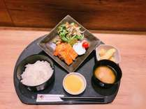 【出張応援!2食付】ご夕食はルートイン甲賀水口オリジナル定食をどうぞ ■大浴場完備■Wi-Fi使用可