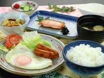 ご飯(魚沼産コシヒカリ)が御馳走!シンプルな和定食をどうぞ