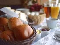 モーニング◆7時~9時 パン・コーヒー・ソフトドリンク・ゆで卵 無料サービス
