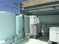 屋上に共用の洗濯機(4台 無料)