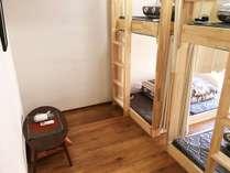 ファミリールーム2段ベッド2台