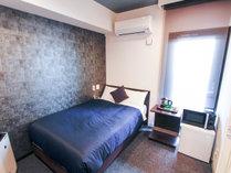 ◆シングルルーム◆120cm幅のシモンズ製セミダブルベッドを完備