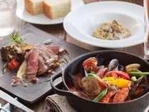フィオーレ 松茸や但馬牛など、贅沢で香り豊かな食材が美しく盛り込まれた贅沢なコース