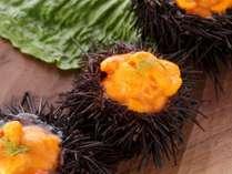ウニジュレは、旬のウニを贅沢に使った逸品。お口のなかでとろける美味しさ!