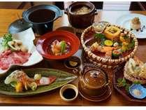 丹後ごはん一例。季節の食材が食卓を華やかに彩ります