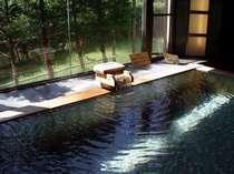 良質な泉質のお風呂は、15種類もお楽しみ頂けます。