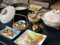 *朝食一例。土鍋で炊いたご飯が自慢です。