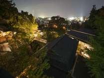夜の昭和園/6千坪の敷地は静寂に包まれます