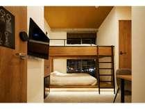 デスク&チェア付きWi-Fi完備でテレワークにも最適、夜は夜景を楽しめるお部屋(304)