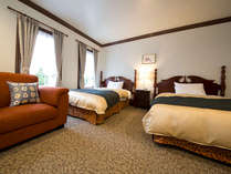 【ツイン】広さ:24平米シモンズ社製のベッドで心地良い眠りをお届けします