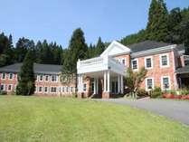 ◆【ホテル外観】森のテラス