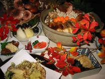 地産の旬食材をふんだんに。秋のごちそうと志賀高原の紅葉を堪能してください。