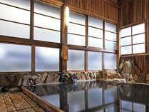 槙づくりの大浴場