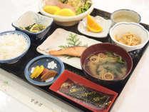 *【朝食一例】和定食をお召し上がりください