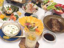 *【夕食一例】地元産の海の幸や山の幸をふんだんに使った会席料理