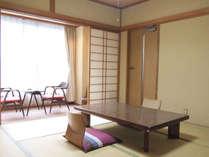 *【和室8畳(トイレ付)】落ち着いたたたずまいの和室でゆったりとお寛ぎください