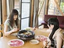 【夕食はコテージでのんびりと!】 秋のコテージ焼き肉プラン(放牧豚・地鶏セット)