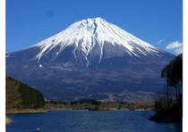 冠雪の富士山が最も美しく見えるオススメのシーズン!晴天率も80%!部屋数限定早い者勝ちです!