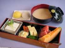 京風白みそ雑煮セット あわ餅と白餅が入ります。
