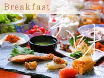 """【朝から満腹宣言】バイキング朝食で、好きな分だけ""""おかわり""""!フレッシュ地場野菜もたっぷり♪"""