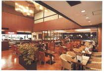 併設レストラン『カフェダイニング イリス』営業時間 7時~17時