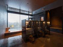 シャンプー、コンディショナーは北海道良品ラベンダー。シャワーも強くて気持ちよい。