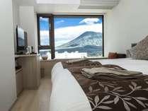 羊蹄山を望む客室<ホテルルーム ヨウテイビュー>