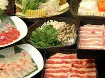 30種類のお肉、魚貝や野菜のしゃぶしゃぶ食べ放題!