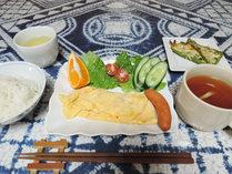 *【朝食一例】オムレツ(卵焼き)をメインとした和洋朝食5~6品をご用意!