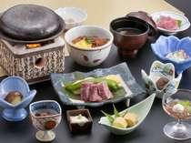 昼食:松コース(メインディッシュ:和牛の石焼)