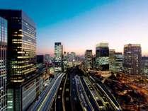 贅沢を感じる東京夜景を満喫、東京駅上空の天空ホテル