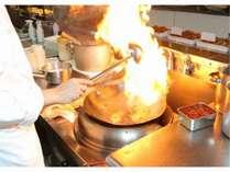 夕食マルスコイオープンキッチンイメージ