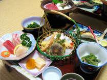 【スタンダード2食付】源泉掛け流しの湯&郷土色豊かな料理を満喫<夕食10品>