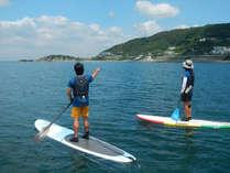 穏やかな日が多い葉山の海はSUPデビューに最適