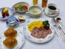 秋田の美味しい朝食~洋定食(ドリンクバー付き) 和定食もあります。
