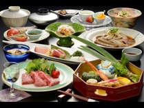 【スタンダード】郷土の味わいも楽しめる月替りのお食事をお楽しみください。