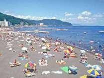 伊東オレンジビーチまで水着で徒歩3分!ホテル敷地内にシャワーもあるから楽々海水浴を♪