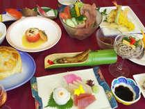 【お料理グレードアップ】ちょっと贅沢に旅行を満喫♪季節のお料理に舌鼓★