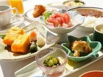 栄養バランスを考えた定食スタイル≪気仙沼の味じまん朝ごはん≫