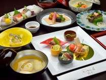 *【ご夕食一例】旬の味覚を取り揃えた懐石料理を存分にお楽しみください。