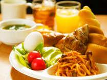 ◆高知オンリーワンの100円朝食♪◆お客様のお好みでワンプレート分お取り下さい♪